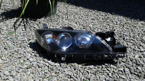Lumière droite Mazda 3 2004-2009/Right OEM headlight