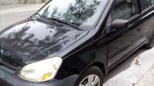 2003 Toyota Echo noir Berline