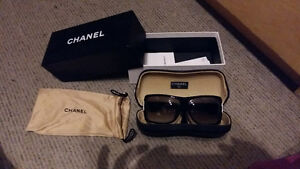 vintage chanel authentique