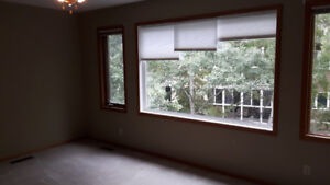 CHARLESWOOD 2 BED 2 BATH TOWNHOUSE FOR RENT