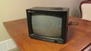 TELEVISION 13 inch colour