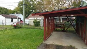 MOVE IN READY!!! Spacious 2 Bedroom Bungalow for RENT!!! Windsor Region Ontario image 10