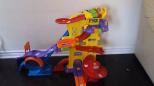 VTech Ultimate Amazement Park Playset - Like New