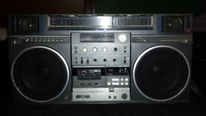 JVC M90 BOOMBOX PARTS WANTED!