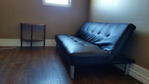 Private room utlts, wifi &laundry incl. Central/southside