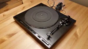 Pioneer PL-600 Turntable Looking for New Home