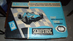SCALEXTRIC SCX TRIANG 1/32 SLOT CAR SET -- 1960S IN BOX