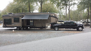 5th wheel plus Ford 450 superduty duall