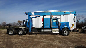 Kenworth w900 w/ national crane 656