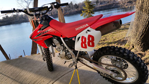 2013 crf150r in awesome shape.never touched. used 10  times
