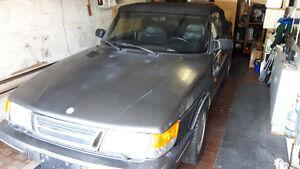 1987 Saab 900 2.0L Turbo Cabriolet ORIGINALE