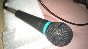 Microphone Apex381