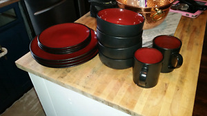 Red and black set