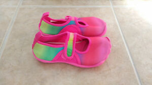 Pink Rainbow Water Shoes, Children's Place, Toddler, Size 9