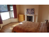 Charlton, 4 double Rooms to let in a large 5 bedroom house,all bills and wifi,no couples