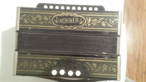 Hohner accordian