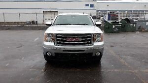 2012 GMC Sierra 1500 , crew cab , 4x4. Condition show room