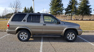 2004 Nissan Pathfinder SUV, Crossover