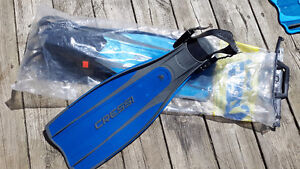 New Scuba Fins for sale