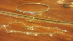 selling collection of designer/vintage/costume jewellery