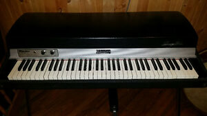 Weekend price drop!  1976 Rhodes Mark I Stage 73 Electric Piano