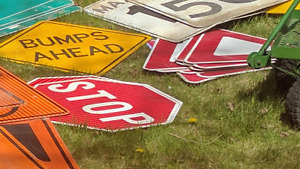 Stop Signs & Yield Signs