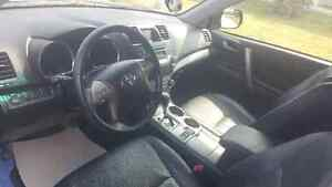 2008 Toyota Highlander Sports SUV, Crossover****Low KM