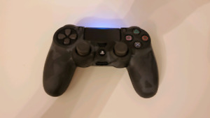 PS4 controller (Mint condition)