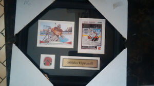 Framed Hockey Cards with pin & name - Great Christmas Gift! Kitchener / Waterloo Kitchener Area image 6