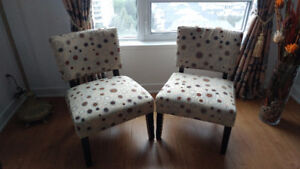 Accent Armlesst Chairs