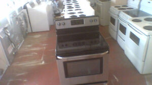 30'' Frigidaire Smooth Top Stainless Steel  S/C Stove