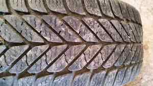 4 Goodyear Ultra Grip winter tires