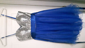 Beautiful size 6 Grad dress