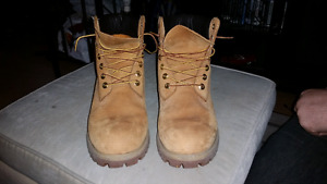 New timberlands size 8 1/2 w
