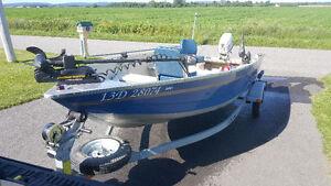 Chaloupe 16 pied bateaux vendre dans qu bec petites for Housse pour chaloupe