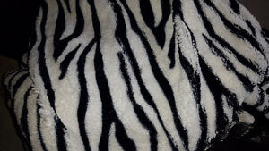 chenille zebra throw blanket and 2 throw pillows