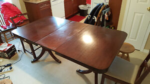 Dinning Table with 2 Chairs London Ontario image 3