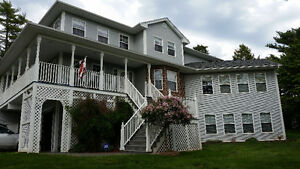 Executive Family Home, Fall River Village
