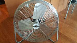 "24"" Retro Style High Velocity Commercial Cooling Fan"