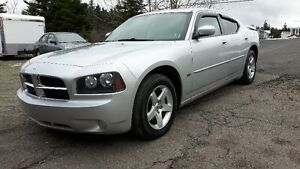 !! PRICE REDUCED !! 2010 CHARGER SXT !! MINT CONDITION !!
