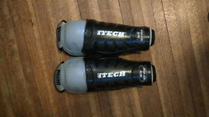 "Hockey shin pads (10.5"", youth)"