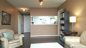 Looking For A Female Roommate To Share 2 Bd 2 Bath condo June 1
