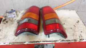 LEFT AND RIGHT TAILIGHTS FOR A 2000 SIERRA/SILVERADO Windsor Region Ontario image 1