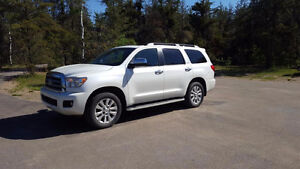 2015 Toyota Sequoia Platinum SUV **REDUCED**