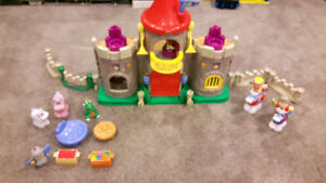 Fisher Price Little People (Medieval Castle)
