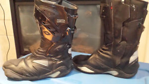 Nitro motorcycle boots