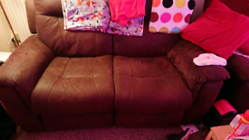 3 and a 2 seater settees electric recliners