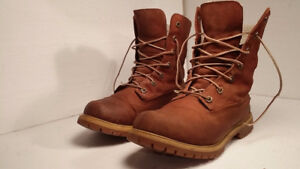 TIMBERLAND - botte hiver femme - taille 8.5 a 9 - VALEUR 180$
