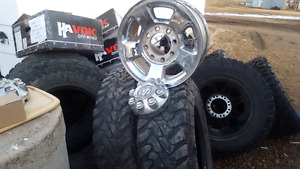 Selling an assortment of rims and tires, winters, mud tire