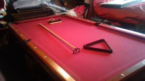 Pool table, light and assessories